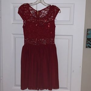 Dresses & Skirts - Beautiful red cocktail dress